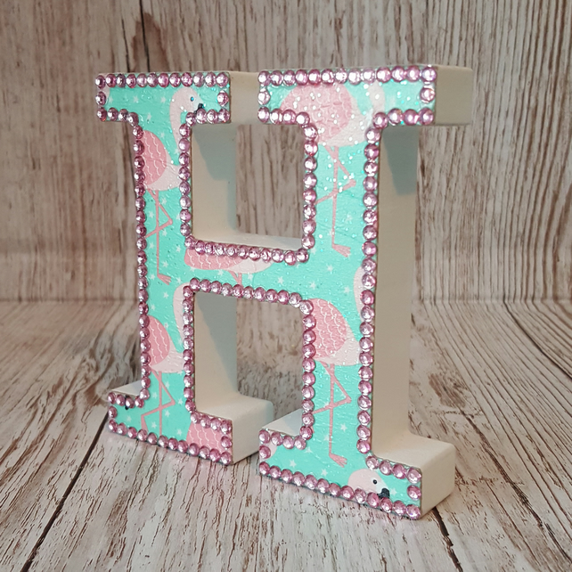 Letter H, Flamingo, freestanding initials, tropical flamingos