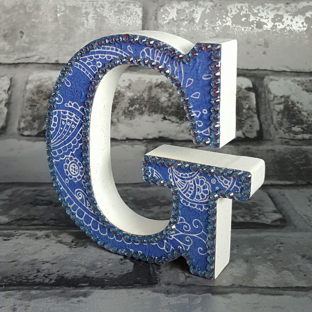 Letter G, Paisley, freestanding initials, blue and white