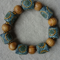 Ghanaian Beaded Stretch Bracelet - Green, Blue and Natural Wood