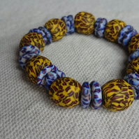 Ghanaian Beaded Stretch Bracelet - Yellow and blue