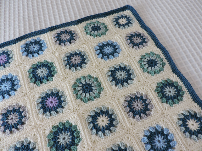 Crochet Rosette Baby Blanket - Blue Green Cream