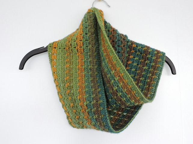 infinity scarf crochet green and gold folksy