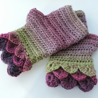 Fingerless Mittens Gloves Wrist Warmers with Fancy Cuffs