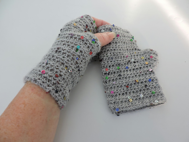 Crochet Fingerless Mitts Wrist Warmers Grey with Sequins