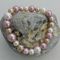 Stretch Bracelet Pink and Cream Shell Pearls