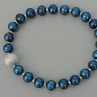 Midnight Blue Shell Pear Stretch Bracelet