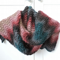 Knitted Scarf   Wavy Pattern Charcoal, Rose, Sea Green, Pale Pink