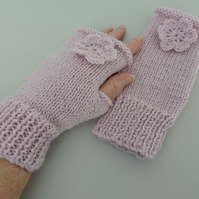 Fingerless Mitts  Pale Pink Alpaca and Acrylic Yarn