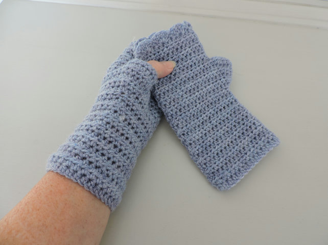 Crochet Fingerless Mittens with Wavy Edge Top Pale Blue