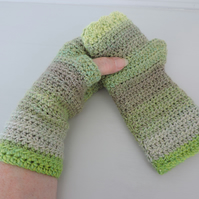 Crochet Fingerless Mitts  100% Acrylic Green and Yellow