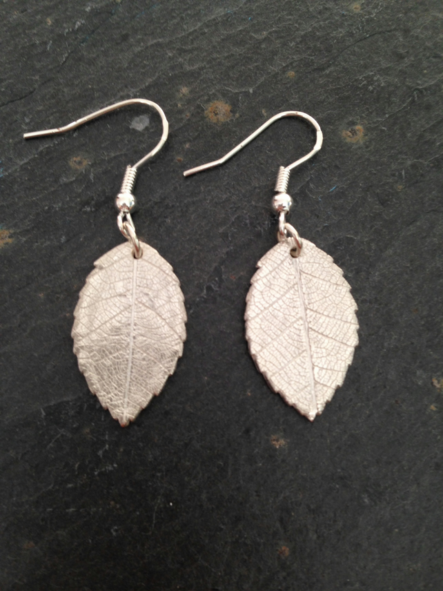 Leaf impression silver earrings