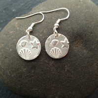 Round seashell impression silver earrings