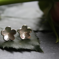 Fine silver domed flower studs