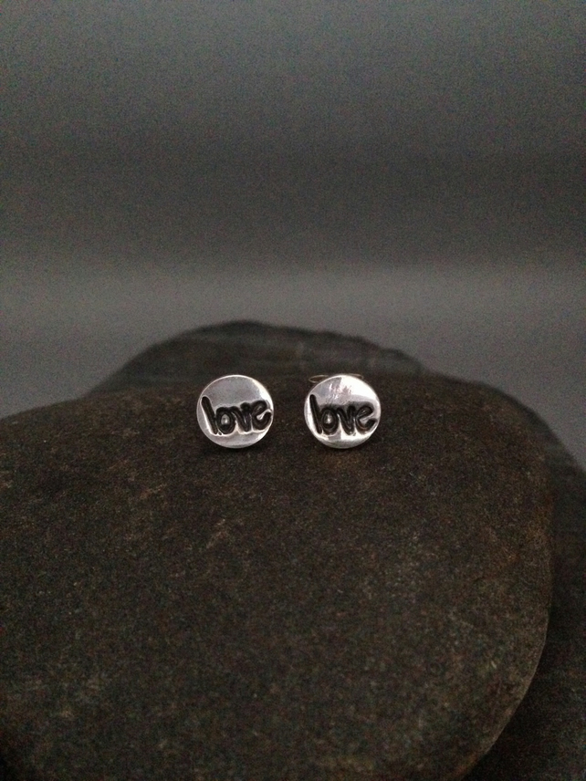 Fine silver small round earrings with love impression