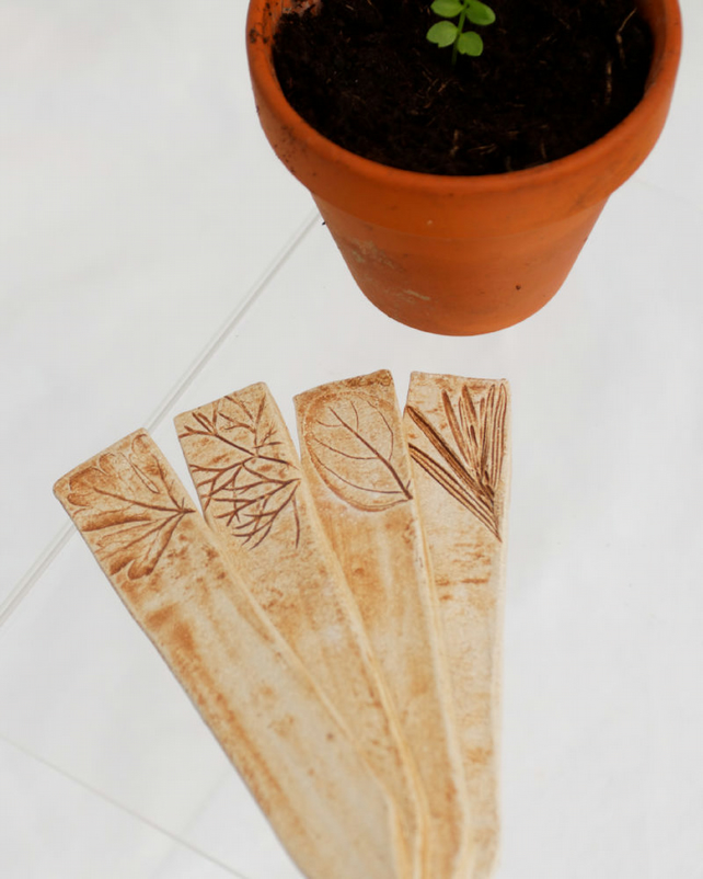 Ceramic Plant Markers - Rustic with leaf portaits