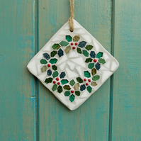 Mini Holly Wreath Christmas Mosaic Hanging Home Garden Decoration