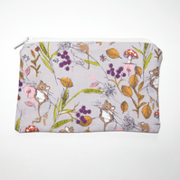 Coin Purse - Lavender Field Mouse