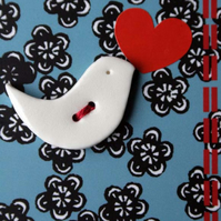 Ceramic gift - lovebird button