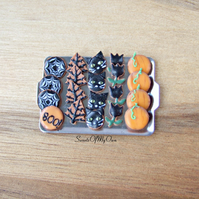 Miniature Halloween Biscuit Set - Gingerbread Tray 1 - Miniature Food - Bakery I