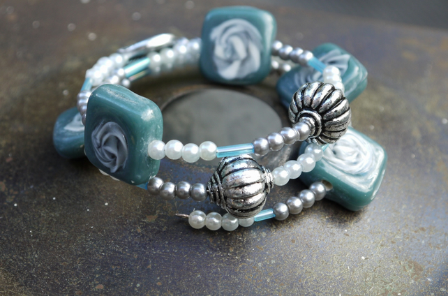 Blue Swirl Bead Bangle