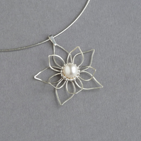 Silver and Pearl Flower Necklace - Bridal Jewellery - Wedding Anniversary Gifts