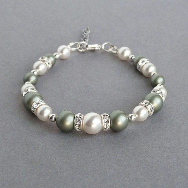 Sage Green and White Pearl Bracelet - Pistachio Bridesmaids Jewellery - Weddings