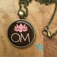 OM YOGA Glass Dome Round Cabochon Necklace Pendant Gift UK