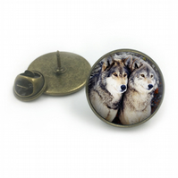 Wolf Lapel, Wolves Lapel, Wolves, Lapels, Wolf jewelry, Wolf, Animal Lapel, groo