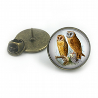 Owl Lapel Pin Badge, lapel, Gift for him, Owls, British birds, wildlife, gift fo