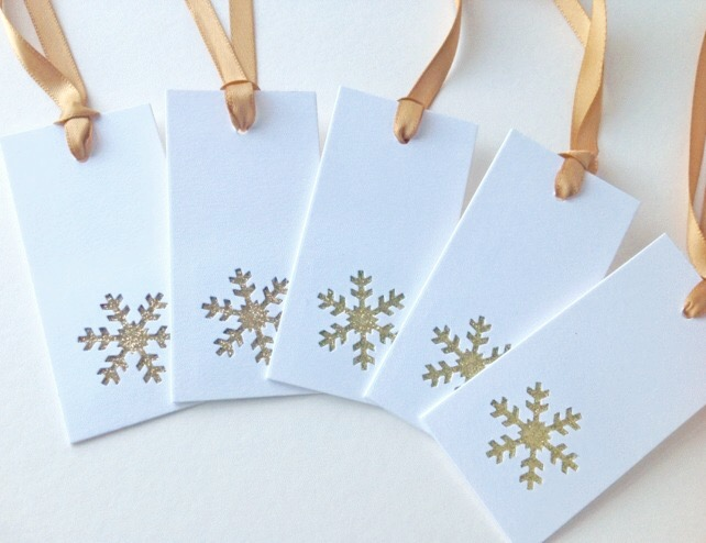 Christmas Gift Tags,'Snow is Glistening'Set of Six Xmas Gift Tags