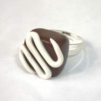 Chocolate Fondant Ring