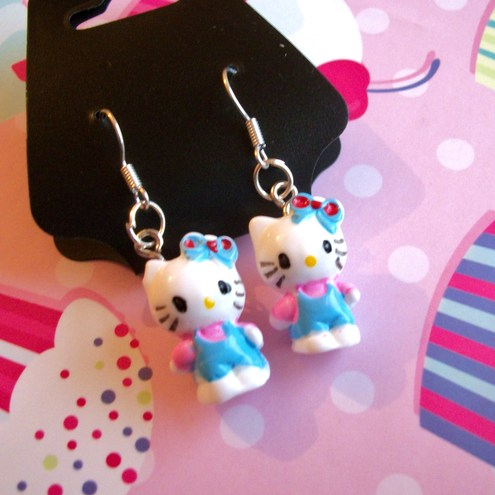 Kawaii Blue & Pink Hello Kitty 3D Earrings
