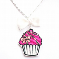 Peachy Pink Pearl Cupcake Necklace
