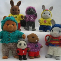Playing - knitting pattern for Sylvanian Families and Calico Critters PDF