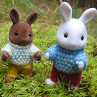 'Spotty Jumpers' knitting pattern for Sylvanian Families PDF