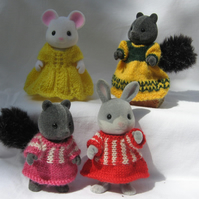 Knitting pattern - Pretty Frocks - for Sylvanian Families - F2fro