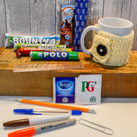 Teacher Thank You Gift Set.Retro Sweets.Drink Sachets & Stationery.110 Colours.
