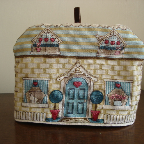 Cottage Front Tea Cosy - 2 cup size