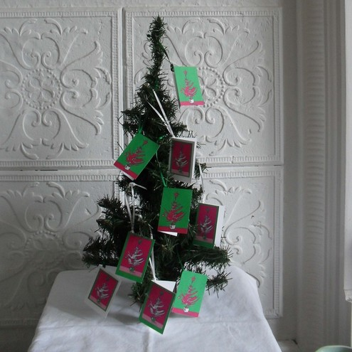 Set of nine Christmas gift tags – Glenn's Christmas Trees