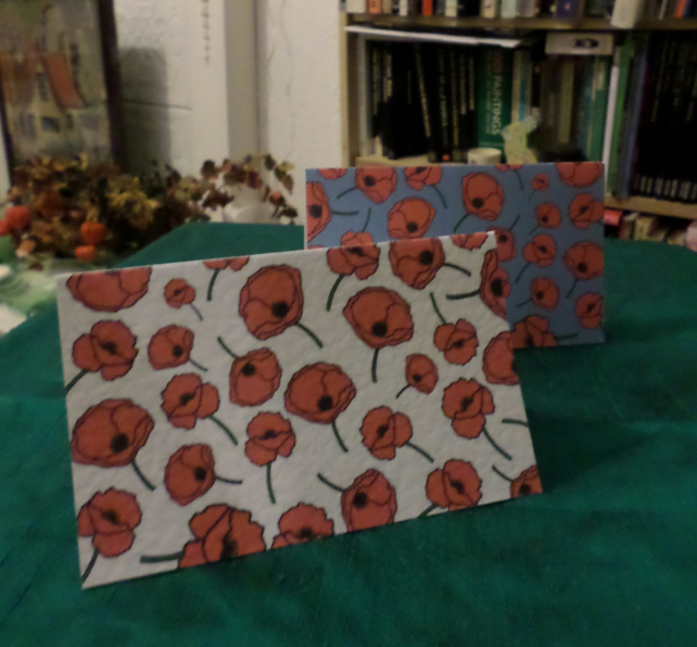 SIX SMALL GREETINGS CARDS – POPPIES – LEST WE FORGET (FREE POSTAGE)