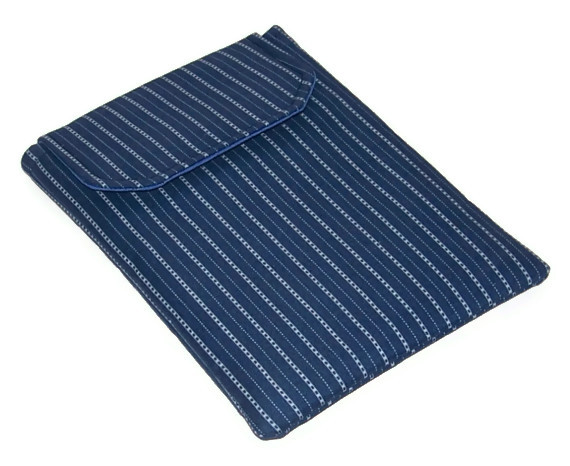Kindle Keyboard Cover Pinstripe Blues