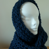 Chunky Knitted Snood - Navy Blue