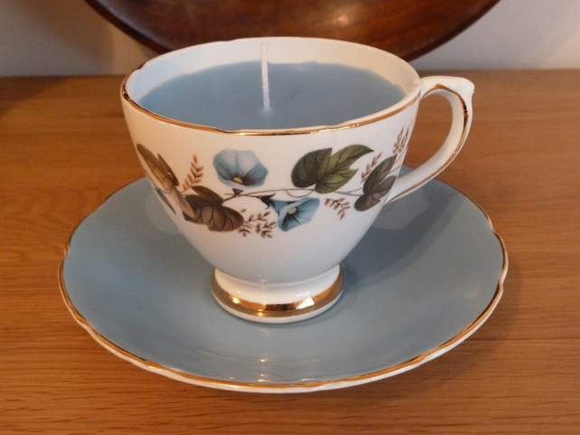 Candle in a tea cup - Sutherland