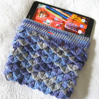 Kindle case. Tablet case. Fits most tablets, Kindles and e-readers.