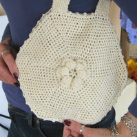 Crochet cream cotton handbag. Crochet purse. Hand crocheted.