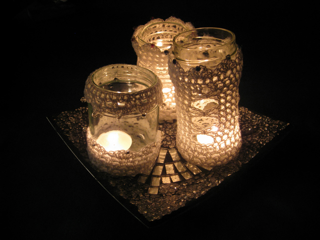 Crochet pattern tutorial for 3 lanterns. 3 designs to fit any round jar.