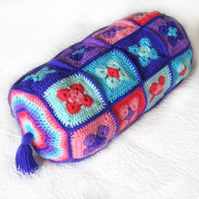 Pattern. Crochet bolster cushion or pillow photo tutorial. email PDF download.