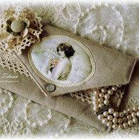 Vintage Linen and Lace jewellery pouch