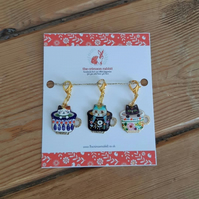 Stitch marker, progress keeper set made with very cute cats in cups! A set of 3