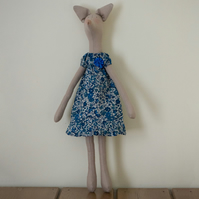 Miss Eleanor Fox, a Tilda style Fox figure based on Jane Austen's novels